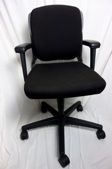 Black Ahrend Office Chair 230 Netherlands from 2008 - Design