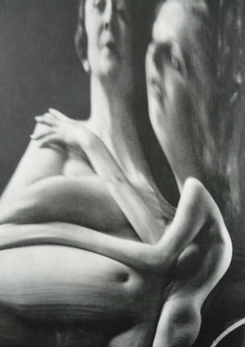 Surreal nude pictures