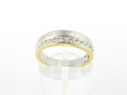 .950 Platinum ring with 18 kt gold edge and +/- 0.25 ct diamond - size 16 - 5.2 grams