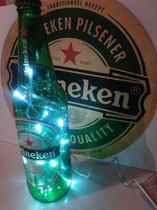 Two pcs. HEINEKEN-LED light decoration . Lamp / bottle. Portable power supply 3x1,5V battery.