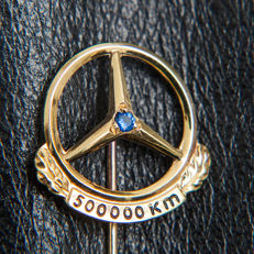 Old Mercedes Benz 500.000 Km Pin / Brooch 835 Silver & Sapphire - * No Reserve Price *