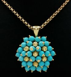 Necklace in 18 kt yellow gold with 18 kt yellow gold pendant and turquoises