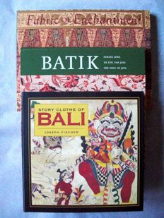Lot with 3 Books in English about Indonesian Textiles.