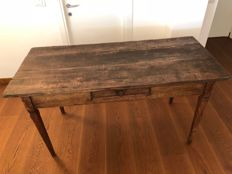 Walnut wood table with drawer - late 1700s-early 1800s - France / Italy
