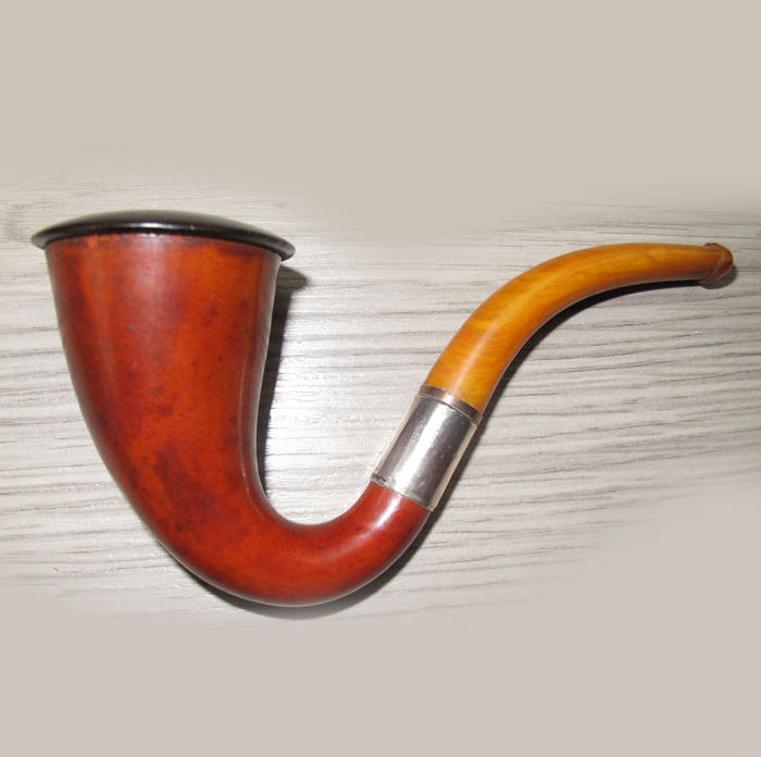 Ancient Calabash pipe with real amber mouthpiece and silver ring.