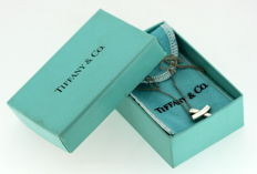 "Tiffany & Co ( Design By Paloma Picasso ) - Sterling Silver ""X"" Pendant Necklace, France C.1990's - Length : 42 cm - no reserve price! -"