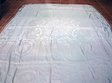 Luxurious large bed quilt, damask light blue satin. Large drawing of flowers. Spain of the 19th century.