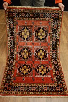 GREAT PERSIAN CARPET QASHQAI approx. 136 x 79 cm