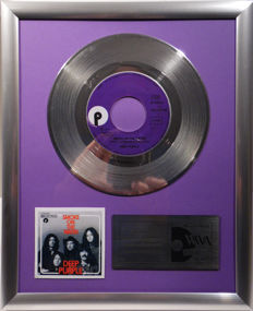 "Deep Purple - Smoke on the Water -  7"" Purple Records platinum plated record by WWA Awards"