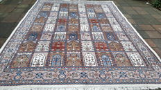 Magnificent Beautiful Hand-knotted Oriental - Bakhtyar 234cm x 332cm