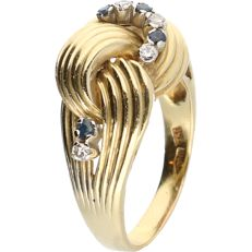 18 kt - Yellow gold ring set with 4 sapphires and 4 diamonds of approx. 0.08 ct in total - ring size: 20.25 mm