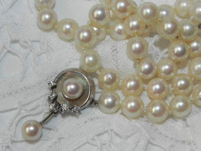 Pearl necklace Akoya pearls approx. Diameter 6.8 mm gold 585 5 diamonds 0.20 ct