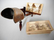 Stereoscope - Underwood & Underwood with wooden cabinet and 43 cards, early 20th century