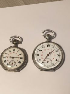 "2 silver pocket watches, working perfectly, ""no reserve price"""