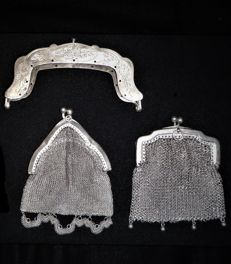 Silver purse frame and two silver chain-mail purses - The Netherlands - 1868 and 1930