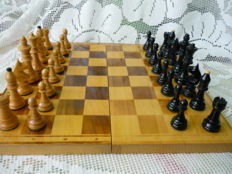 Vintage chess game, handmade in 1972 in Poland, with confirmation