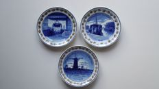Porceleyne Fles - 3 commemorative plates, WW I