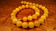 Vintage round beads Baltic Amber egg yolk colour necklace, length ca. 55 cm, 74 grams