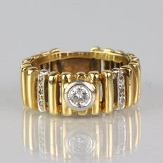 585 gold ring with a 0.34 ct diamond - no reserve price