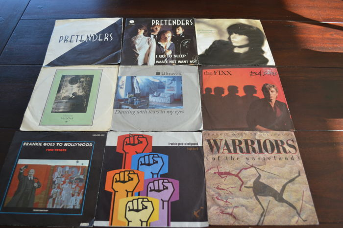 36 Pop/Rock singles of the 70's and 80's, records are in NM quality