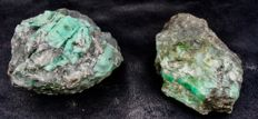 Lot  with minerals with lots of encrusted emeralds - 2416 g (2)