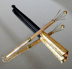 Rarity cigarette tip antique solid gold 585 in set with accessories in leather case 14 carat cigarette holder