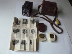 Agfa Synchro- Box camera (late 1950s) + 2 light meters: Ikophot (Zeiss Ikon) / Bewi Automat (Bertram, Tab) + film roll
