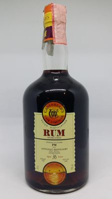 Very old demerara rum Uitvlugt 1964 - Cadenhead - 36 years old