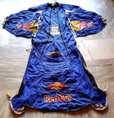 Wingsuit costume with wings - professional base jump- Red Bull