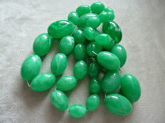 Lot 30 - Superb and very rare old plastic necklace