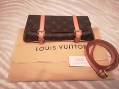 Louis Vuitton Borsetă