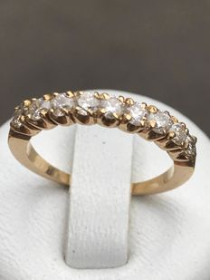 American wedding ring in 18 kt yellow gold with 0.72 ct diamonds, Top Wesselton - Size 53