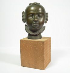 Head of Gauri, bronze - India - 19th century