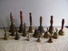 16 copper/bronze table bells