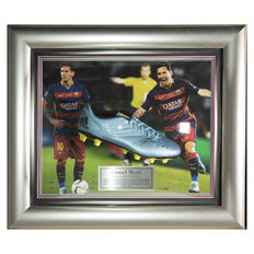 Lionel Messi - Hand Signed Boot in new 3D Globe Frame + COA and Photoproof!