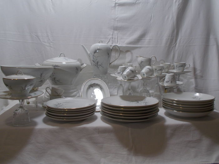 Rosenthal/Thomas - table service in porcelain for 6 people. & Rosenthal/Thomas - table service in porcelain for 6 people. - Catawiki