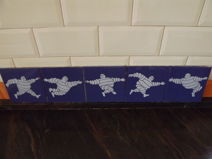 Set 5 tiles , Complete, Michelin, made in Spain 50-60s