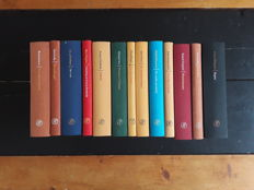 Oorlogsdomein; Lot with 13 books from the well-known series of Arbeiderspers - 2000 / 2005