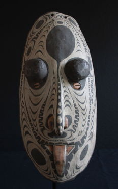 Cult House Accessory Mask from TOREMBI on the Sepik, PNG