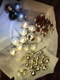 Glass Christmas baubles - 69 pieces Christmas decorations