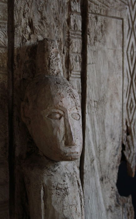 Burial chamber door of Toraja - Sulawesi - end of the 20th