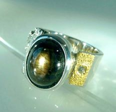 Men's ring – heavy ring made by a goldsmith with 8.91 ct Golden black star star sapphire + 0.03 ct Diamonds