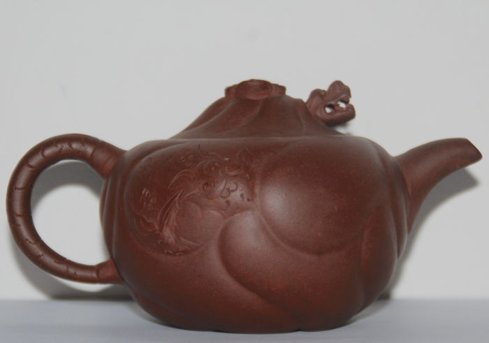 Dragon Lid Yixing Teapot - China - 1920s