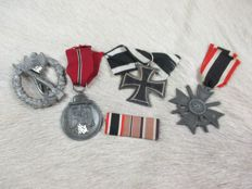 Lot with German medals