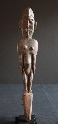 Flute Stopper Figure for a Sacred Flute Cult from AIBOM on Chambri Lake.