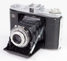 Zeiss Ikon Nettar 510 folding camera