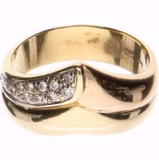 14 kt Yellow gold ring set with 12 brilliant cut diamonds of approx. 0.12 ct in total, Inner size 18.25 mm