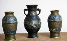Set of three bronze cloisonne vazes - China - 20th century