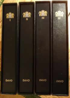 Nederland 1919/2000 - Collectie in 4 Davo LX albums incl. cassettes