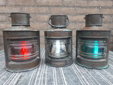 "Set Navigation Lights ""Simpson Lawrence"""